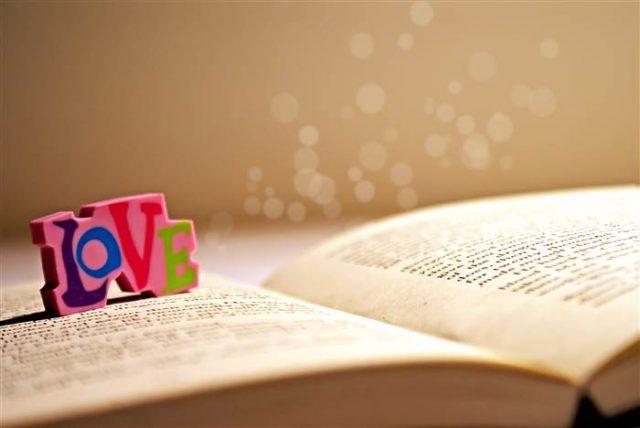 Tuyển tập những bài thơ tình yêu ngắn hay nhất mọi thời đại
