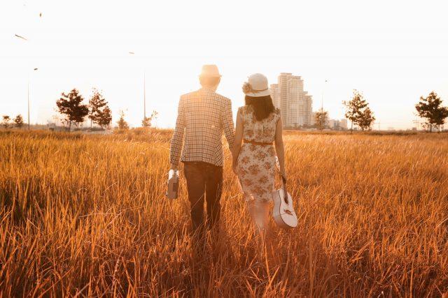 Thơ hay tháng 10 - Chào tháng 10 yêu thương và đong đầy nỗi nhớ