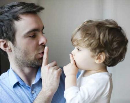 Mách bạn 5 bí quyết dạy con ngoan ngoãn nghe lời từ nhỏ qua tấm gương của cha mẹ