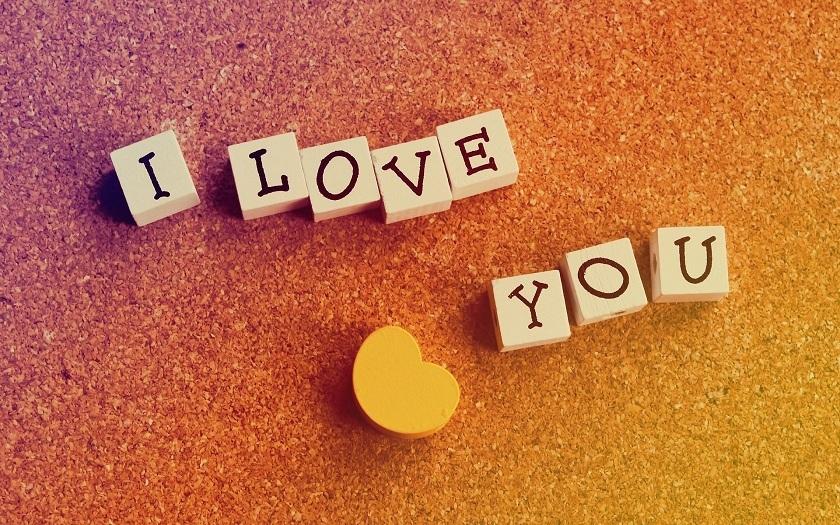 Những bài thơ anh yêu em tình cảm, lãng mạn và hài hước nhất-8